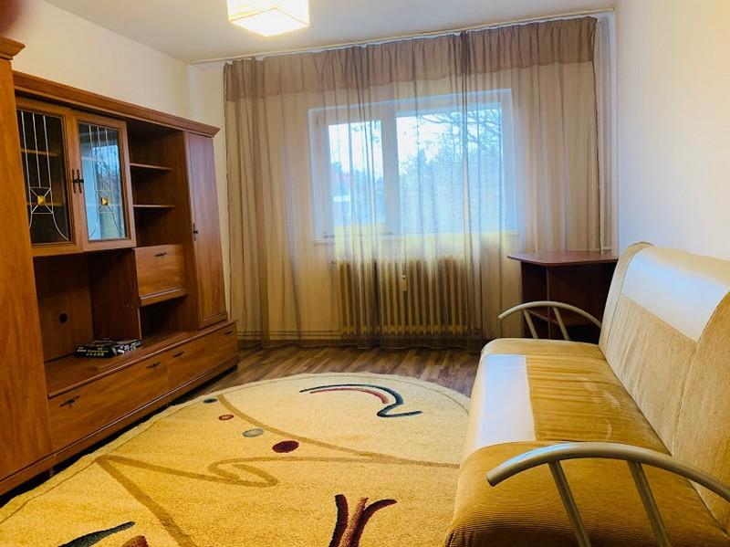 Centru Podul de Fier, apartament 1 camera, 35 mp, etaj mic