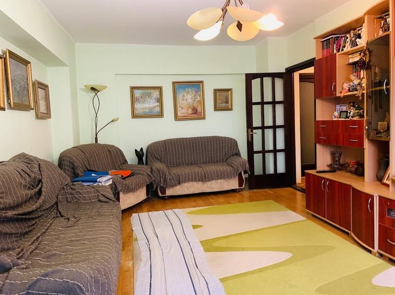 Pacurari-OMV, apartament 4 camere, 100mp, etaj mic